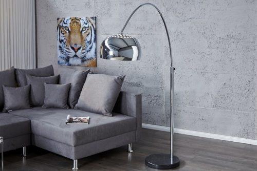 Chromowa lampa podłogowa Lounge Deal 170-210 cm chrom