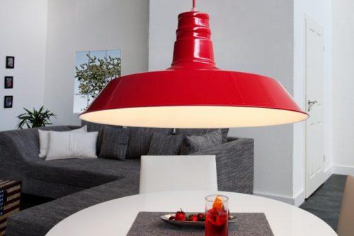 Nowoczesna czerwona lampa wisząca do salonu Luca