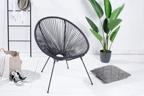 Czarny retro  fotel ACAPULCO na zewnątrz i wewnątrz