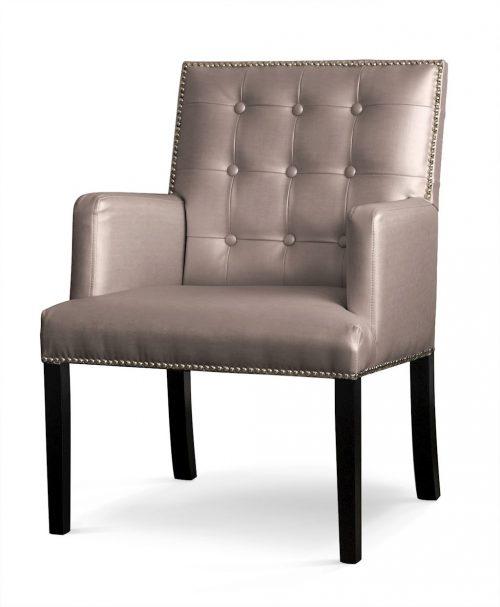Pikowany fotel Marcelo