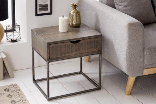 Przemysłowy stolik nocny IRON CRAFT 45 cm szare drewno akacjowe