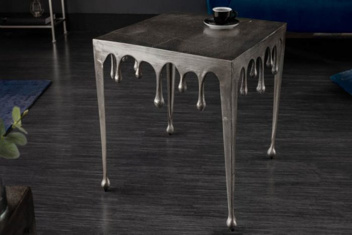 Ekstrawagancki stolik kawowy LIQUID LINE L 46cm srebrny