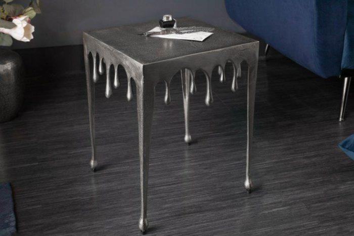 Ekstrawagancki stolik kawowy LIQUID LINE S 34 cm srebrny